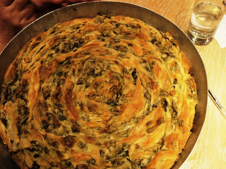Στριφτή χορτόπιτα από τη Βάσω Χαρχαντή