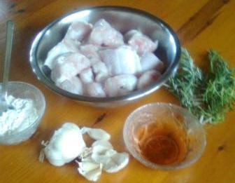 σμέρνα, αλεύρι, σκόρδο, ξύδι, δεντρολίβανο