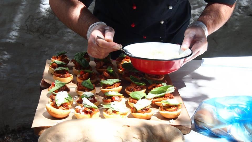 Samiotaki Meze Leshi Gastronomias Mykonou 1